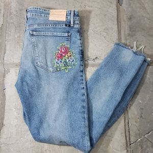 Lucky Brand Embroider Cross Stitch Design Jeans